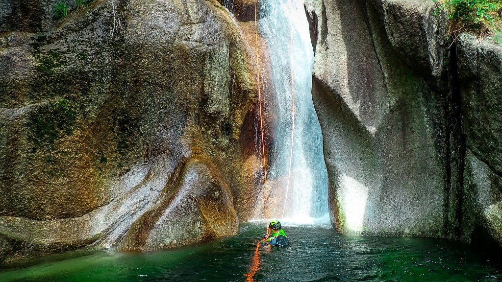 canyoning toscana -toscana adventure team